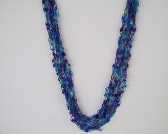 Tropical Sea  Ladder Trellis Yarn Necklace