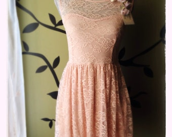 Vintage Sweetheart Panel Lace Dress