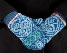 Celtic Medallion MIttens Digital Knitting Pattern PDF-- fair isle stranded colorwork knitting pattern