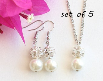 Set of 5 Bridesmaid jewelry, Set of 5 pearl necklace earrings, pearl and rhinestone, bridesmaid earrings, pearl necklace