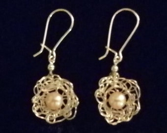 Filigree silver wire and freshwater pearl earrings