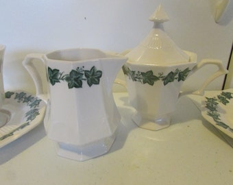 Ivy Creamer and Sugar Octaganal Garland Pattern by Independence Ironston