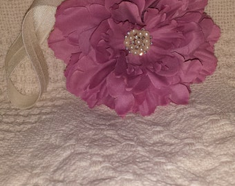Mauve flower headband
