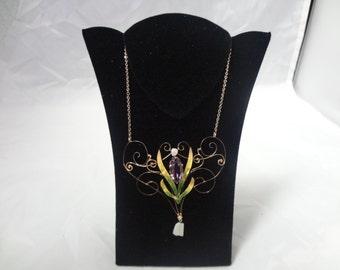 1920's Beautiful 10K Enameled Necklace