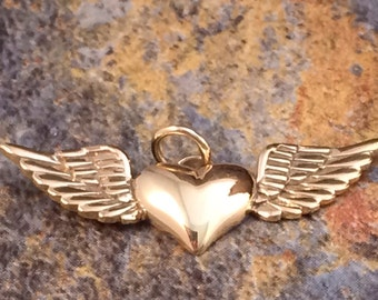 Heart Charm, Heart with Wings Charm, Heart with Wings Pendant, Bronze Heart Charm, Bronze Winged Heart Charm, Necklace Charm