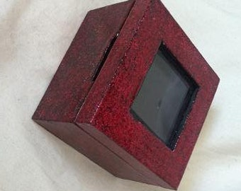 Red Sparkled Lacquor picture Box