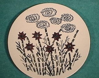 """Scandinavian Pottery Charger 11 1/2"""" Abstract Flowers Norway"""