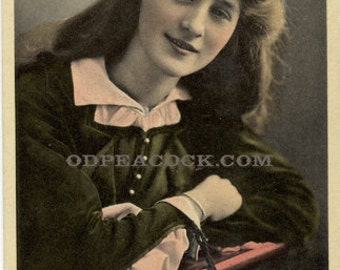 Phyllis Dare postcard Edwardian pretty lady schoolgirl actress theater hat tinted long hair