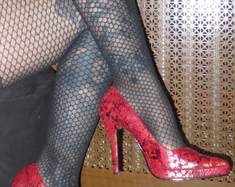 Red Stiletto Pointy Heels Pumps Size 6 Faux Reptile Skin