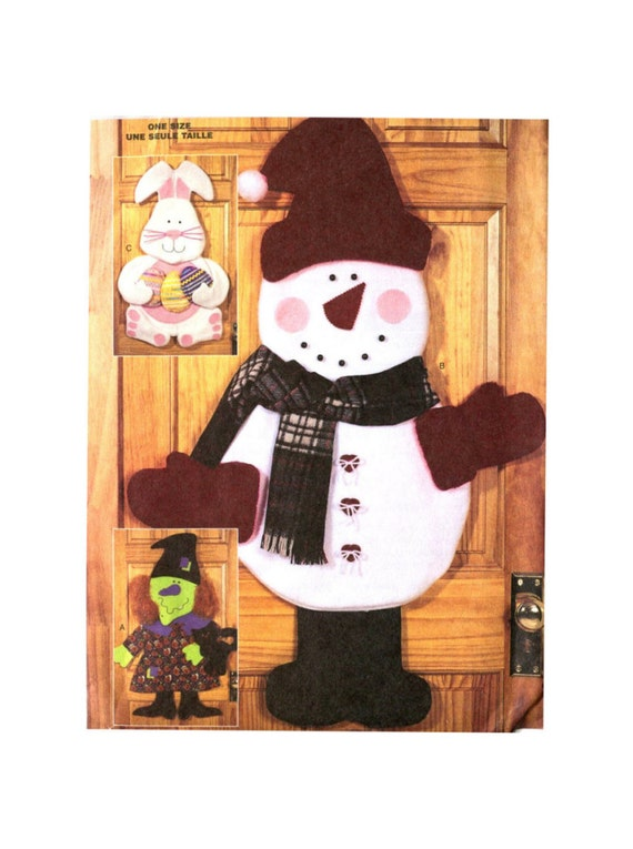 Snowman Wall Hanging Pattern - Butterick 3326 - Holiday Craft Pattern - Snowman / Witch / Easter Bunny - Wendy Everett Uncut
