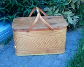 Vintage 1970s Picnic Basket Redmon burnt orange tan woven metal handles yellow trim