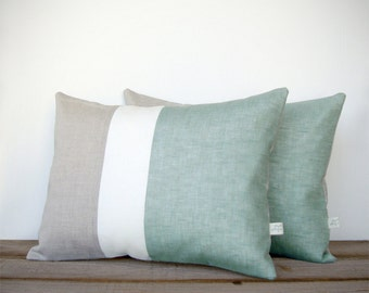 Color Block Pillows in Sage, Cream and Natural Linen by JillianReneDecor - Modern Spring Home Decor - Decorative Pillows - Mint Hemlock