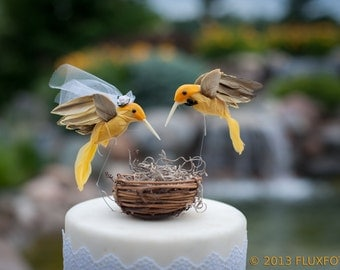 Hummingbird Wedding Cake Topper in Sunshine Yellow: Bride & Groom Love Bird Cake Topper