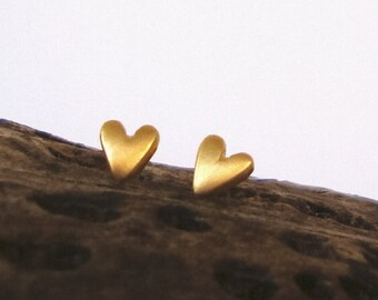 Dainty tiny Gold Heart Earrings Heart Studs in 14k solid Gold Heart Jewelry Bridal Jewelry love minimal earrings  spring love