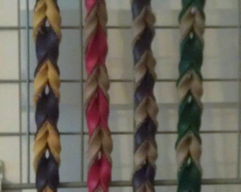 6 foot long braided leather leash. Top quality materials and workmanship. Other colors and lengths available.
