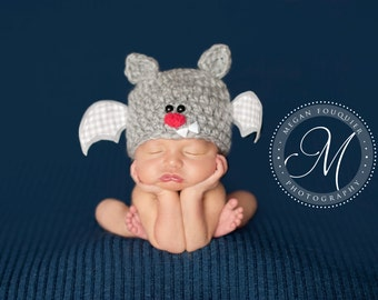 Baby Bat Hat .. Newborn Photo Prop ... Newborn Halloween Hat ... Halloween Prop ... Costume ... Baby Bat hat