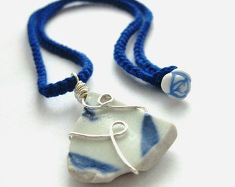 https://www.etsy.com/ie/listing/160803745/irish-sea-pottery-pendant-dazzling-blue?ref=listing-12