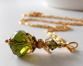Olive Green Bridesmaid Necklace Olive Crystal Wedding Jewelry Bridesmaid Jewelry Gift Necklace Olive and Gold Beaded Jewelry Crystal Pendant