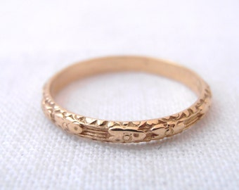 "Art Nouveau Flower 18k Yellow Gold Engraved ""Sophia"" Wedding Band- by Chasing Jewelry"