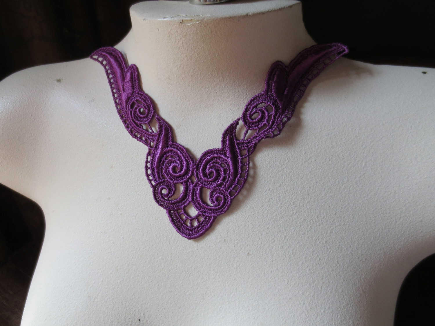 Purple Lace Applique in Violette for Jewelry Supply Garments