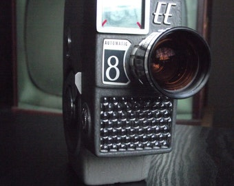 1960's Yashica EE Automatic 8 8mm Film Camera