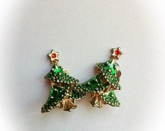 Vintage Christmas Tree Earrings Clip on Metal Enamel