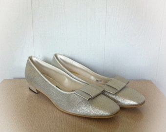 Vintage 1960s Silver Daniel Green Slippers House Shoes