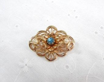 Coro Rhinestone Pin / Flower Brooch with Pearls and Blue Rhinestone / Vintage Coro Scroll Pin / Easter / birthday / Mother / Teacher