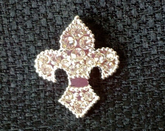 """Rhinestone Fleur de Lis - Silver Plated Button - 11/16"""" x 13/16"""" - 1"""