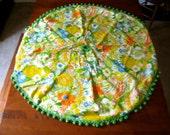 Vintage Round Table Cloth w/umbrella hole