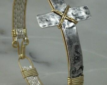 Victorious Cross Bracelet