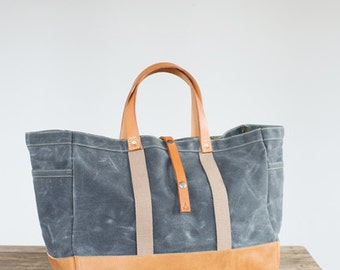 Garden / Tool Tote in Waxed Canvas & Horween Leather