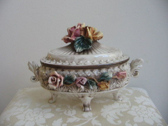 Vintage Capodimonte Porcelain Footed Bowl Tureen With Lid
