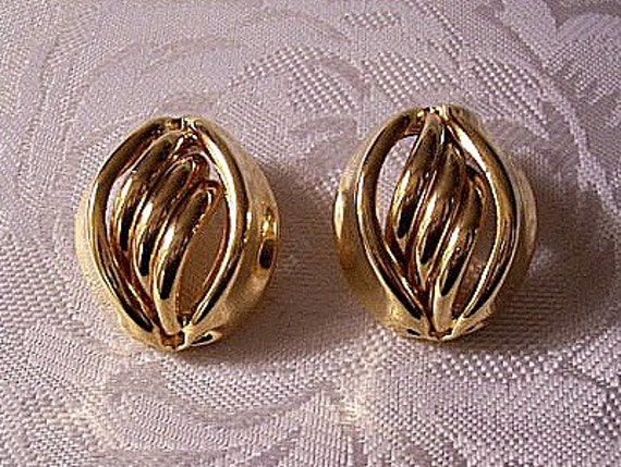 Oval Swirl Tube Pierced Earrings Gold Tone Vintage Premier Designs Smooth Large Open