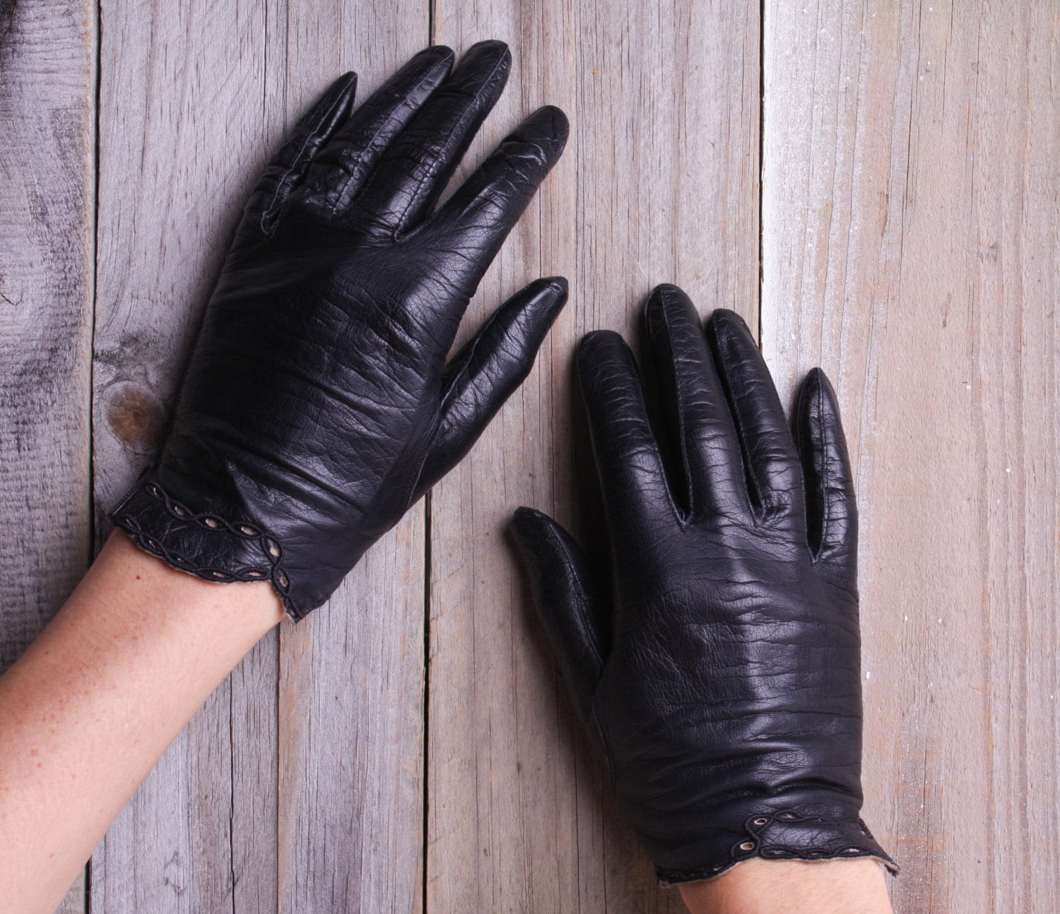 Fake leather driving gloves -  Zoom
