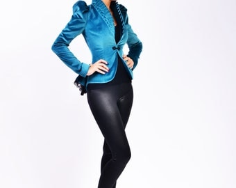 Celia velvet jacket (The turquoise velvet is no longer available)