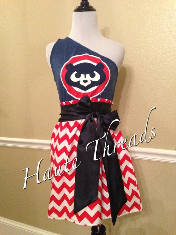 Chicago Cubs MLB Baseball Gameday Game Day Red CHEVRON Print One Shoulder T-Shirt Dress with Navy Sash Bow - Medium