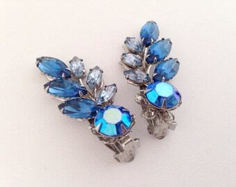 Elizabeth Morrey Blue Rhinestone Clip On Earrings - AB Aurora Borealis - blue pale cobalt - silver riveted claw prong - clips clipon - 1960s