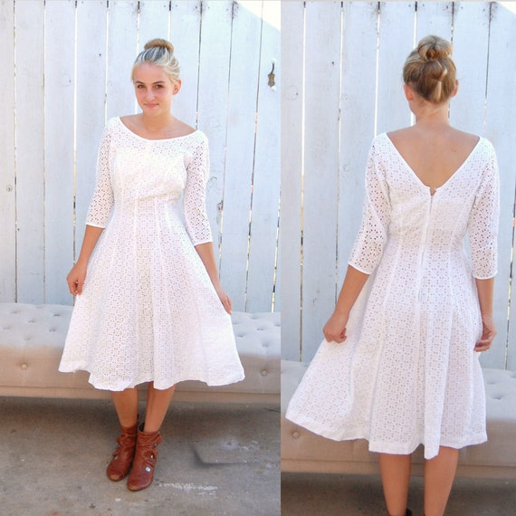 Vintage 60s white eyelet lace fit and flare summer casual for White cotton eyelet wedding dress