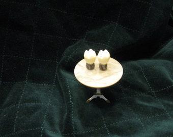 Miniature lamps - ivory look on silvertone base