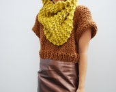 The Manhattan Cowl Hand Knit in Lemongrass Wool Blend