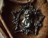 Vintage pentagram pendant necklace
