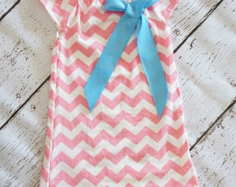 Girls Pink Chevron Dress - Pink Birthday Dress - Chevron Dress Adorned with Big BOW  - Peasant dress - Birthday Girl - Retro FUnk Baby