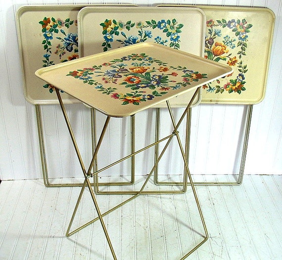vintage early needlepoint style litho metal tray tables set of. Black Bedroom Furniture Sets. Home Design Ideas