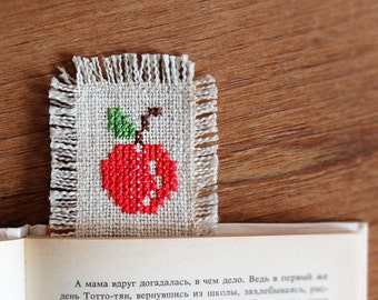 Red apple - Embroidered bookmark - Rustic - Gift idea - Back to school