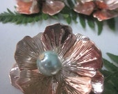 5 Gold Rose Flower With Pearl Center