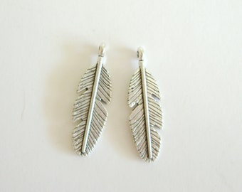 2 Feather Charms for your Creations