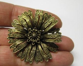 Vintage Antique Gold Tone Art Nouveau Style Flower Brooch