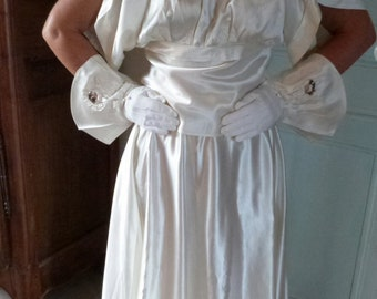 Antique 1920s wedding dress gown skirt w embroidered shirt chemise w gloves, Paris wedding set, bridal clothing w embroidery, sequins bows