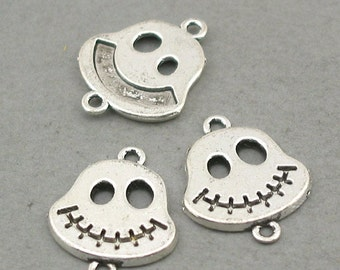 Skull Charms Links Connector Antique Silver 6pcs base metal beads 15X20mm CM0670S
